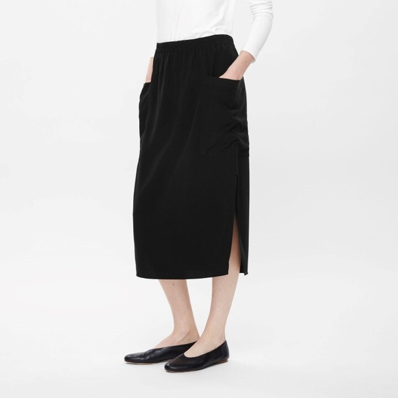 c2e9e6b830 COS Dresses & Skirts - COS Black Pocket Skirt Side Slits Elastic Band